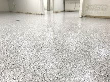 decorative-epoxy-flake-floor-2