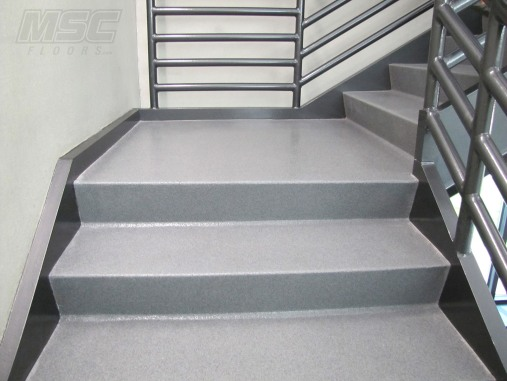 Quartz-flooring-on-Stairs